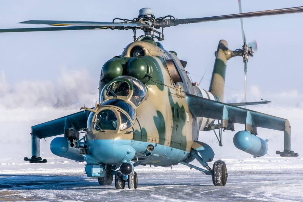 В Украине для армейских летчиков купили парашюты, не принятые на вооружение