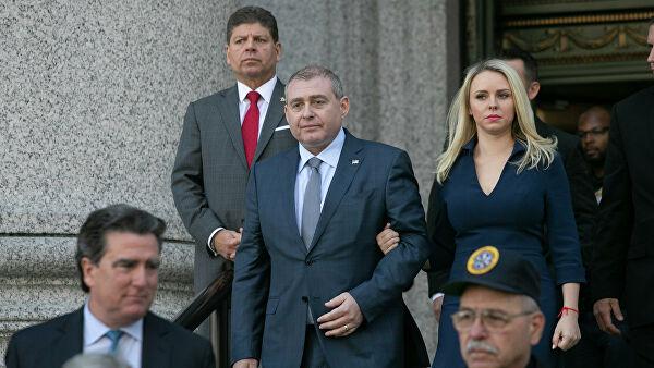 Экс-соратника Джулиани признали виновным в незаконном финансировании выборов в США