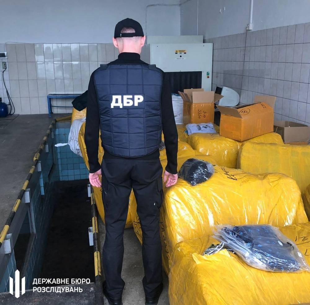 Черновицких таможенников уличили в содействии контрабанде
